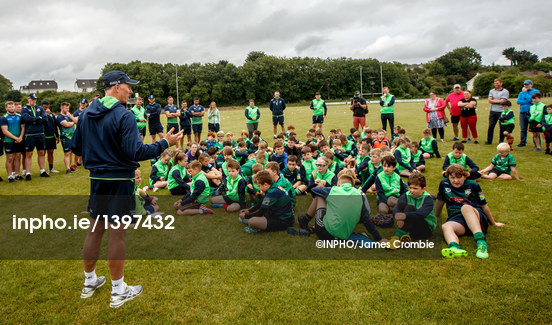 Andy chats to young Connacht fans